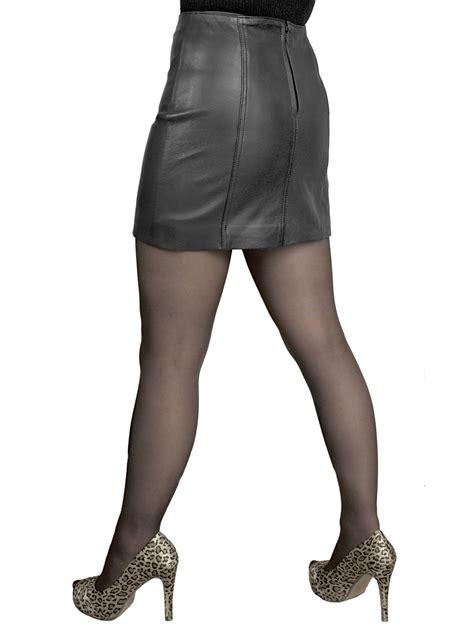 leather mini skirt 14in length tout ensemble