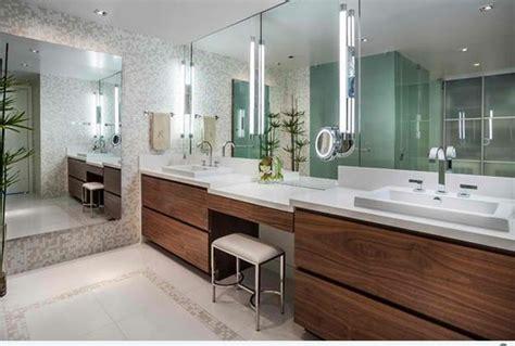 badezimmer vanity countertops ideen 15 stilvolle modelle f 252 r flache bad schr 228 nke
