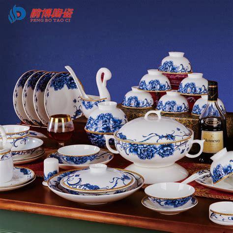 european luxury classic large tableware 85pcs set bone china white and blue porcelain dinnerware