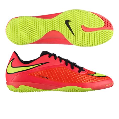 soccer indoor shoes nike indoor soccer shoes 599849 690 nike hypervenom