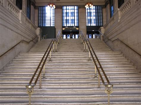 How To Build A Handrail For Stairs File Stairs Leading Out Of Main Hall Chicago Union