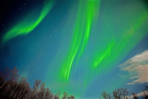 best of year to see northern lights in iceland seeing the northern lights in routes