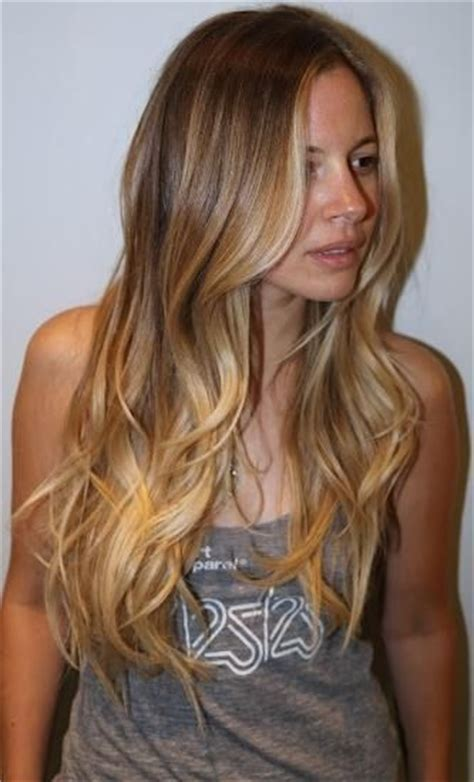 too blonde highlights in front of hair ombre hair color look with highlights in the front
