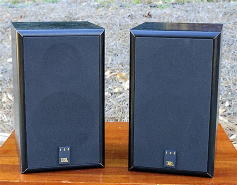 jbl 500 stereo bookshelf speakers 2 way reverb