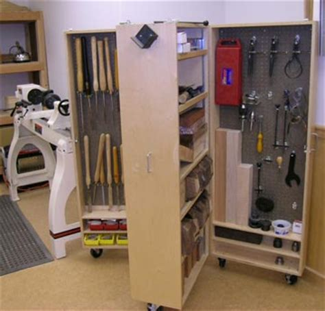Cabinet Shop Tools by Wood Working Plan Mobile Tool Cabinet Woodworking Plan