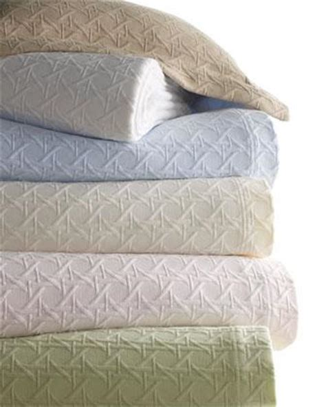 Blankets And Coverlets Matelasse Coverlets Neiman
