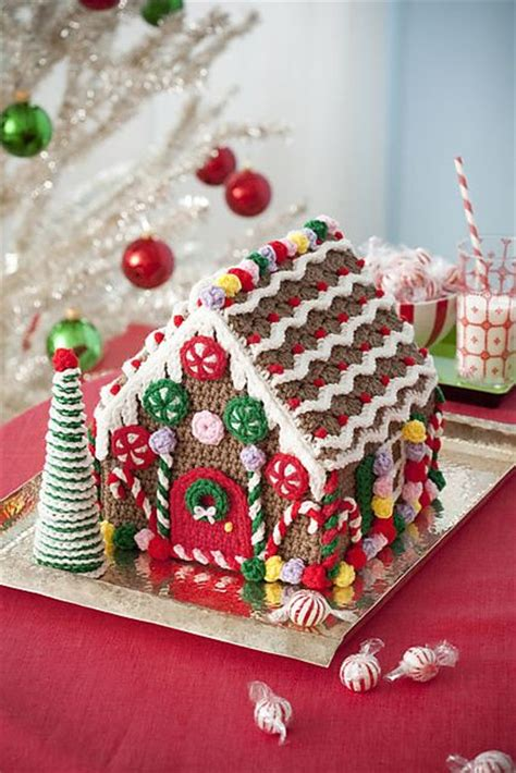 pattern for small gingerbread house best 25 gingerbread house patterns ideas on pinterest