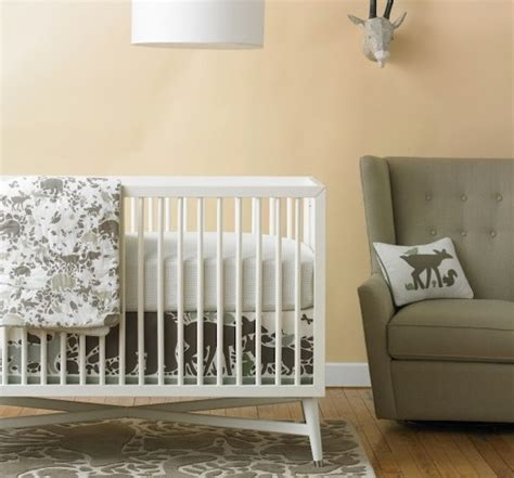 baby bedding neutral choosing creative baby bedding for your little one