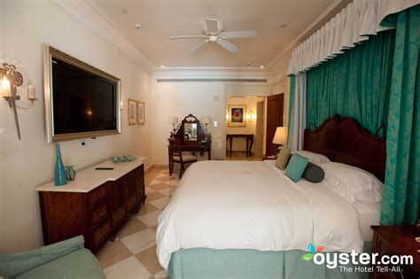 st augustine suites 2 bedroom master bathroom at the two bedroom suite at the sandy lane