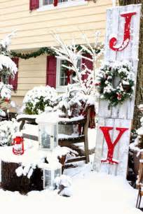 outdoor home christmas decorating ideas outdoor curb appeal holiday decorating ideas for christmas