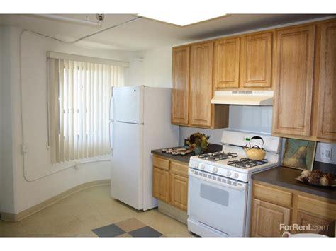 3 bedroom apartments in hilliard ohio hilliard towers family apartments chicago il walk score