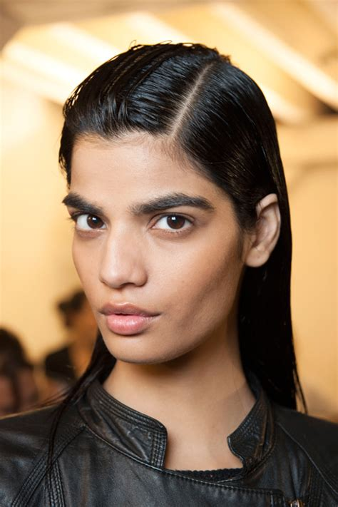 Paris Fashion Week Slicked Back Hairstyles 2015