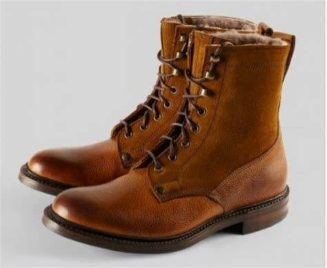It Or Leave It The Must Winter Boots This Year Are Shearling Will You Be Cozying Up by The Top 10 Most Stylish S Winter Boots