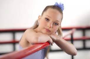Maddie In Chandelier Who Is Maddie Ziegler Meet The Sia Chandelier Dancer Reality
