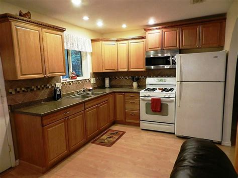 Kitchen Color Ideas With Light Wood Cabinets by Kitchen Paint Ideas With Light Wood Cabinets Awesome