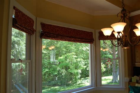 Shades For Bay Windows Flat Shades In Bay Window Contemporary