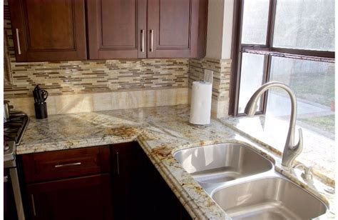 How to Pair Your Granite with a Backsplash