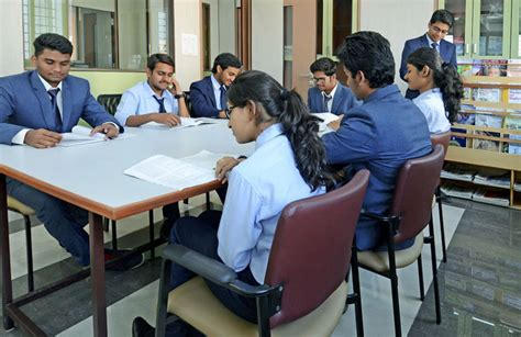 Dy Patil Mba Tathawade by Dr Dy Patil Biotechnology And Bioinformatics Institute