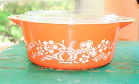 Dynasty Panci 7 Set Orange Color pyrex casserole dish orange dynasty vintage colors