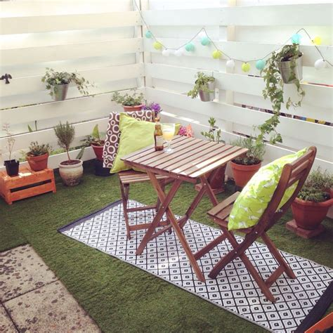 Artificial Grass Rug For Patio by Our New Purchase Artificial Grass For The Patio With