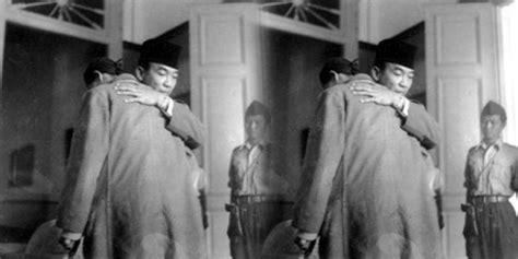 biografi jenderal soedirman bahasa jawa prabowo jokowi kisah pelukan soekarno pada jenderal