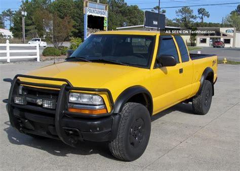 Three Door Truck by 2003 Chevrolet 4x4 S10 Zr2 Ls Extended Cab 3 Door