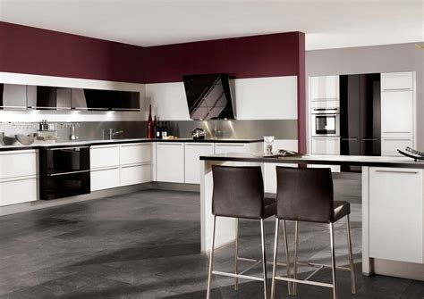 Black High Gloss Kitchen Cabinets by High Gloss Kitchen Designs For Modern House