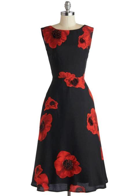 flotus inspired fashion 1 eye catching dress styled 2 ways
