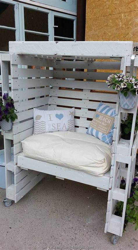 25 best pallet seating ideas on pallet outdoor pallet chairs and outdoor best 25 pallet pergola ideas on patio diy furniture backyard patio and u shaped