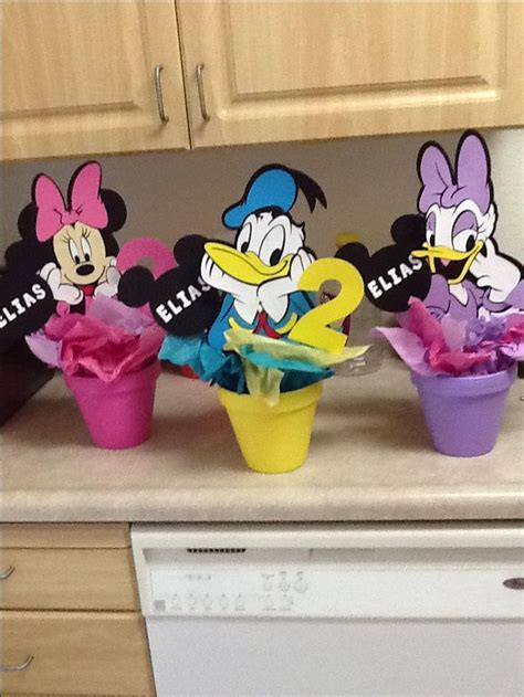 diy mickey mouse clubhouse centerpiece ideas