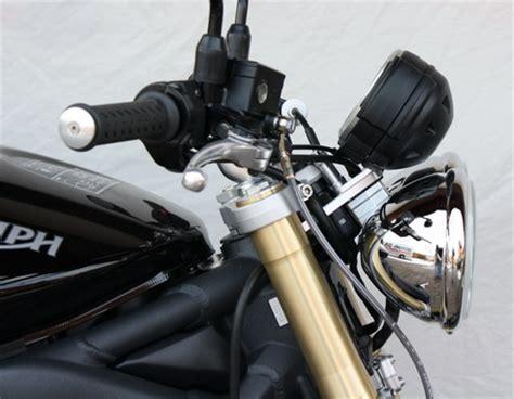 Motorrad Scheinwerfer T Nen Erlaubt by Suzuki