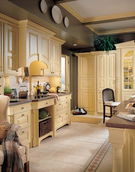 English Country Kitchen Design English Country Kitchen Images