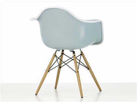 eames armchair buy the vitra upholstered daw eames plastic armchair at