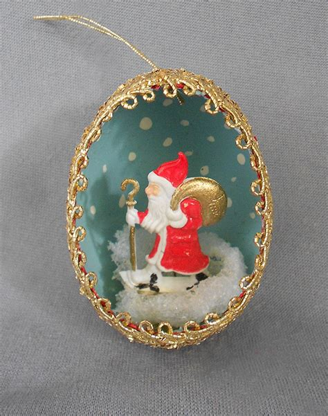 vintage diorama egg ornaments 1940s 1950s vintage genuine goose egg diorama ornament world european santa with