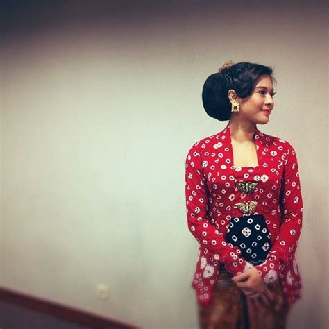 Rok Lilit Rangrang 145 best images about kebaya on traditional