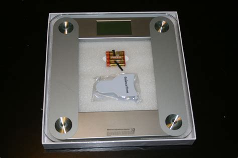 high accuracy plus glass bathroom scale brobility