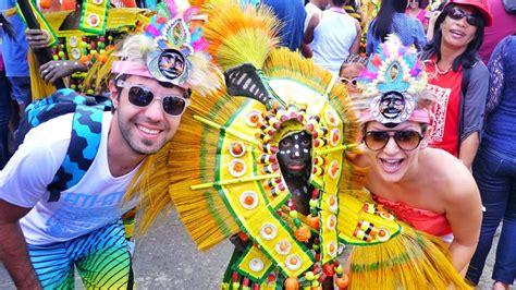 duenyaca uenlue festivaller karnavallar biz evde yokuz