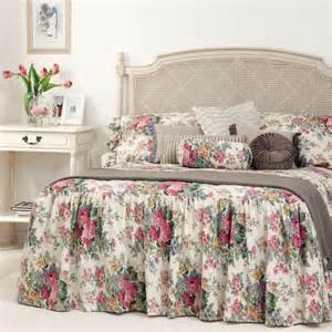Bed Coverlet Gainsborough Rosewood Skirted Bedspread