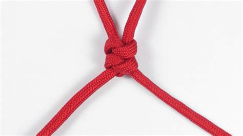 Two String Knots - 2 strand wall knot paracord guild