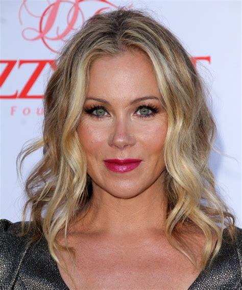 Christina Applegate Medium Wavy Casual Hairstyle   Dark