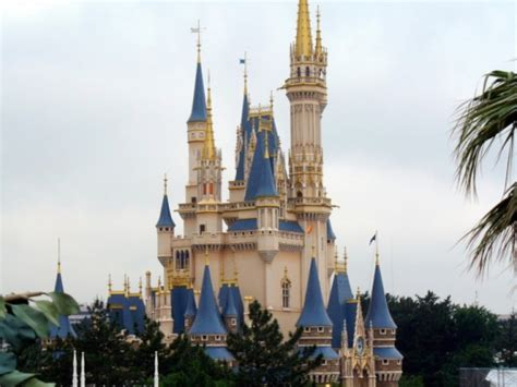 8 stunning disney castles of every shape and size | theme