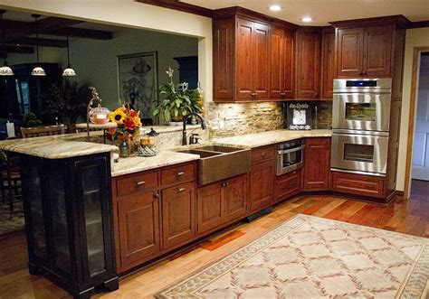 mouser kitchen cabinets reviews mouser vintage in beaded inset kitchen cabinet standard