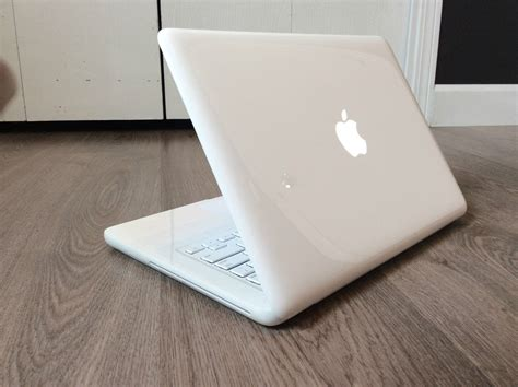 2010 macbook pro max ram macbook white unibody 2010 12 gb ram 1tb 7200 hd mac os