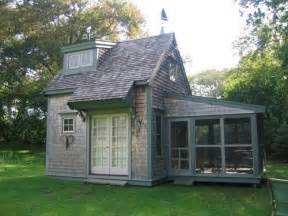 Tiny House With Porch Tiny House List On Housekaboodle