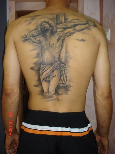 tattoo jesus na costela tatuagens na costa masculina modelos de blusas da moda
