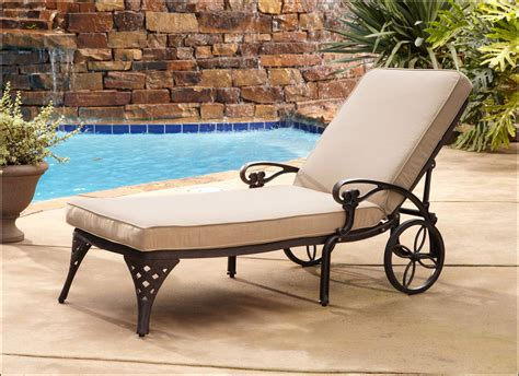 Lounge Chairs For Patio Design Patio Chaise Lounge Chairs Walmart Patios Home Decorating Ideas Eg42kvzjl8