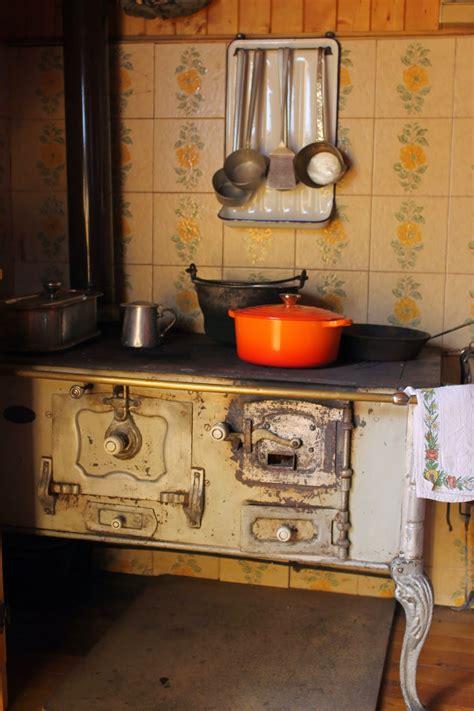 la cucina di tina ricamo in mostra la cucina di nonna tina