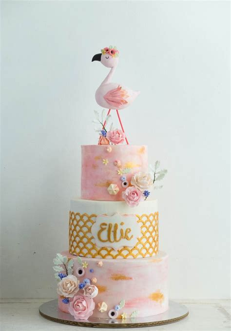 Best 20  Flamingo cake ideas on Pinterest