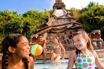 disney's coronado springs resort | themeparkbeds.com