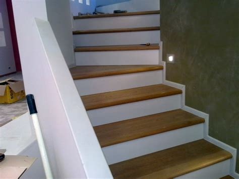 rivestimento scala in legno foto rivestimento scale di ditta paolo giuliano pavimenti
